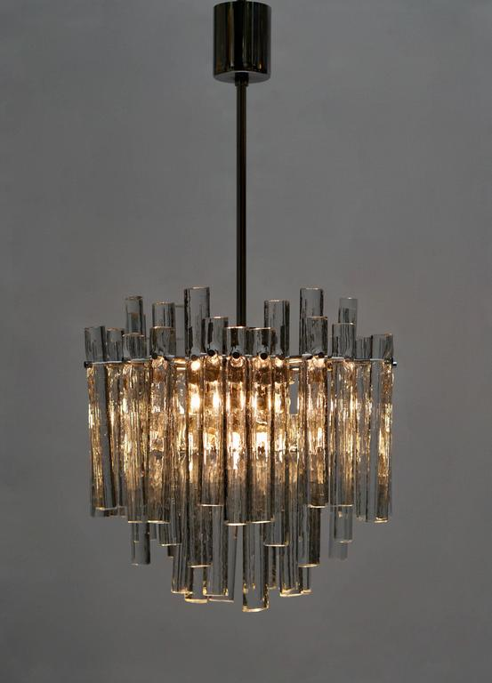 Signed Gilt Metal Crystal Glass Chandelier by Kinkeldey In Excellent Condition For Sale In Antwerp, BE