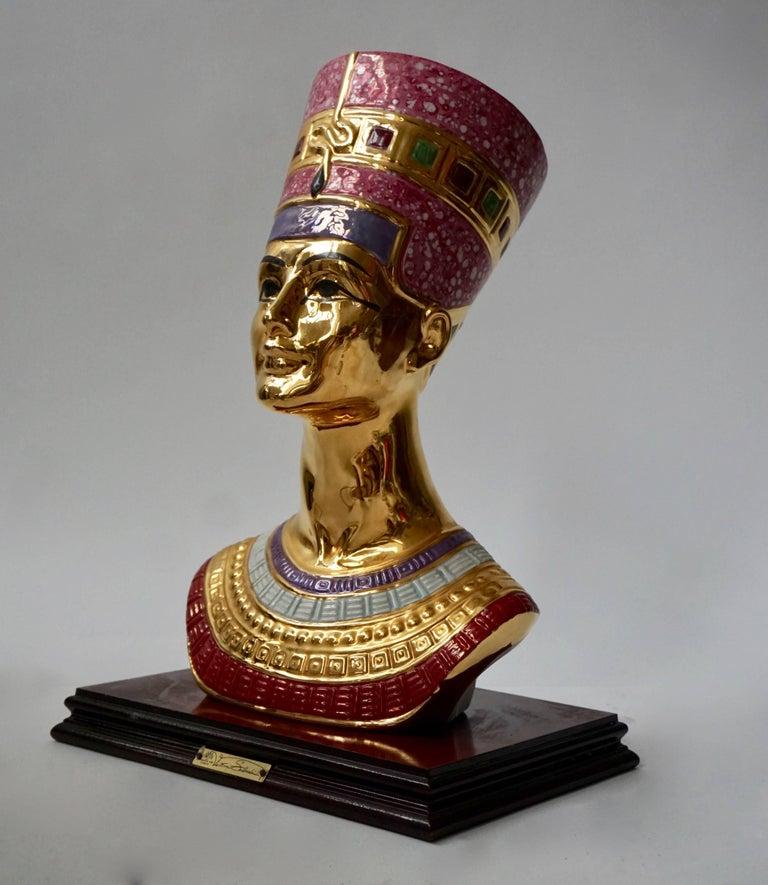 Mid-Century Modern Porcelain Bust of Nefertiti by Vittorio Sabatini, 20th Century For Sale