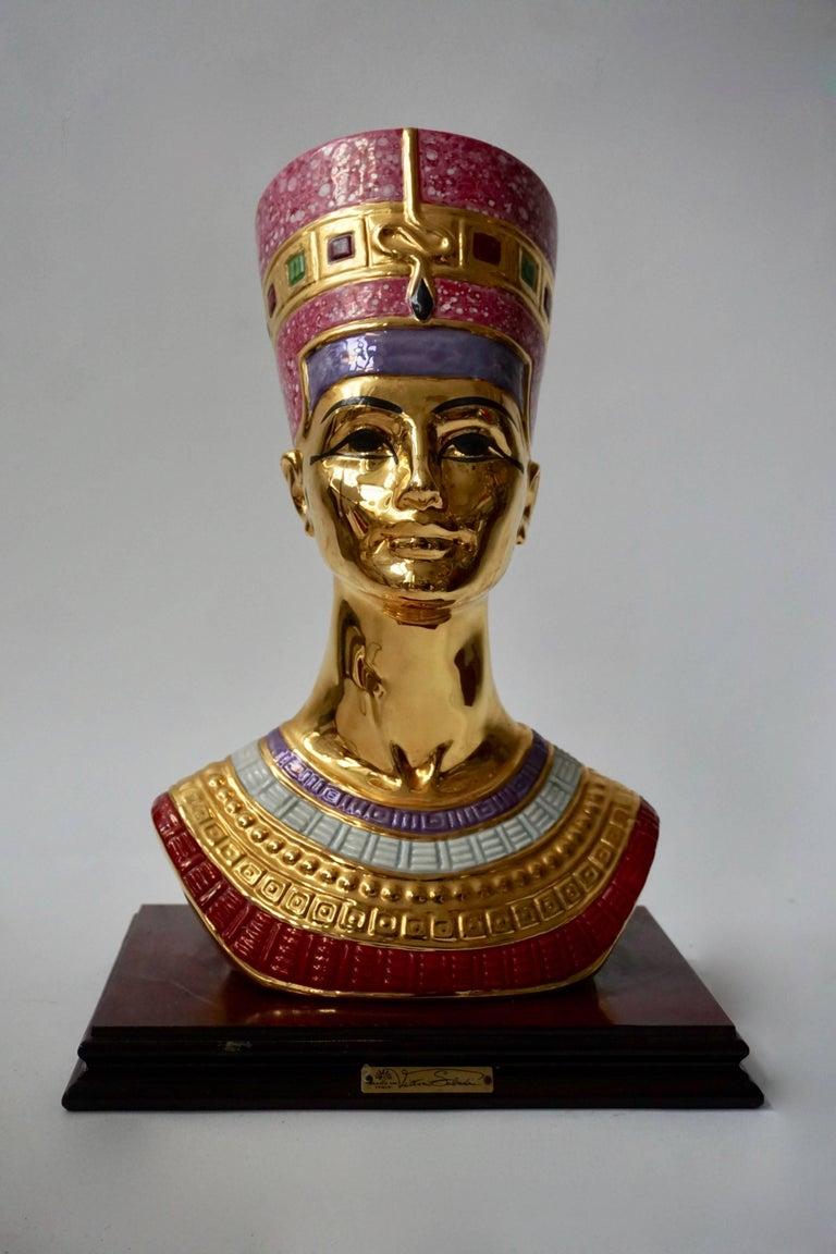 Italian Porcelain Bust of Nefertiti by Vittorio Sabatini, 20th Century For Sale