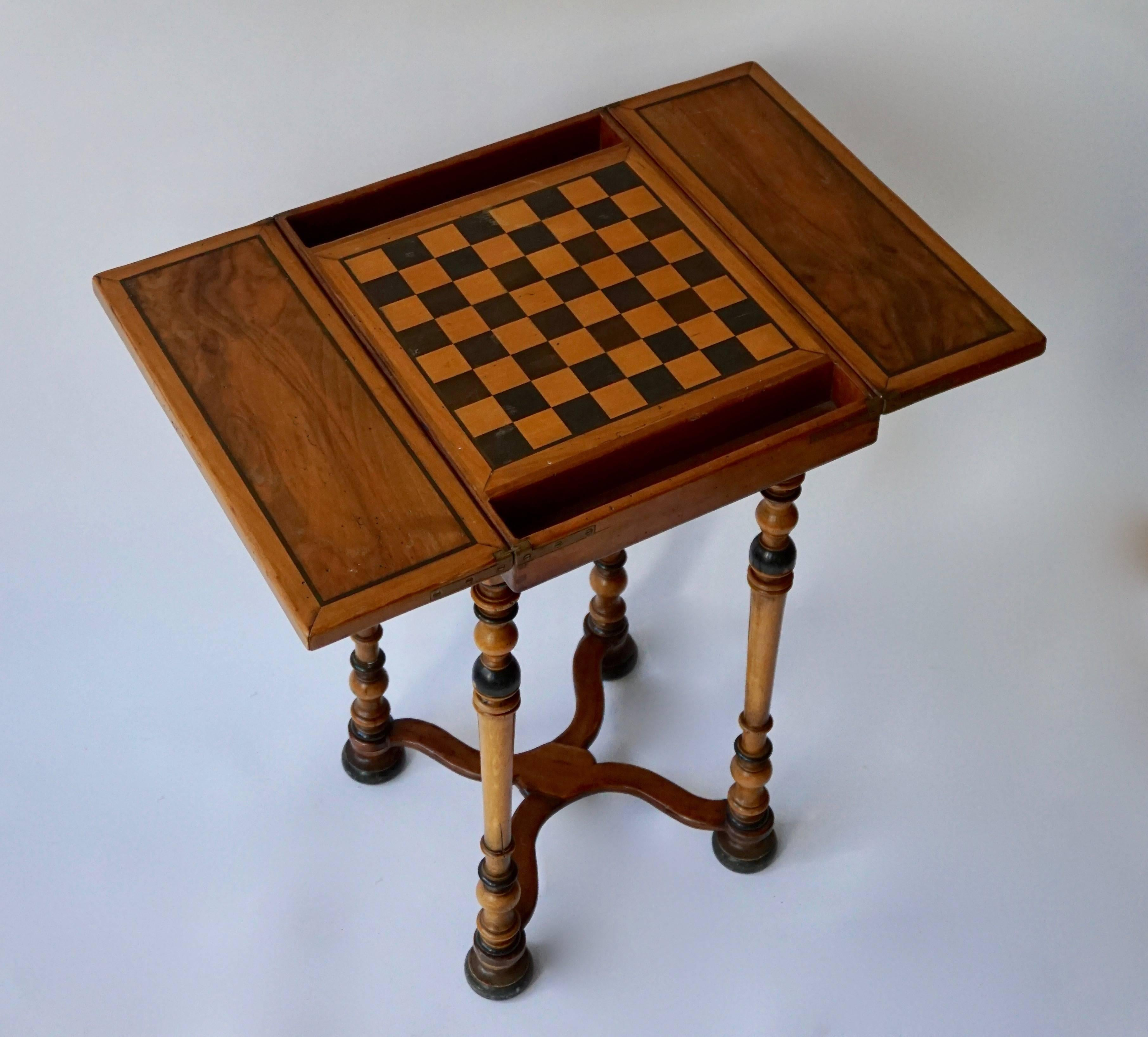 A Rare And Interesting Chess Games Table Presented In Very Good Antique  Condition. Measure:
