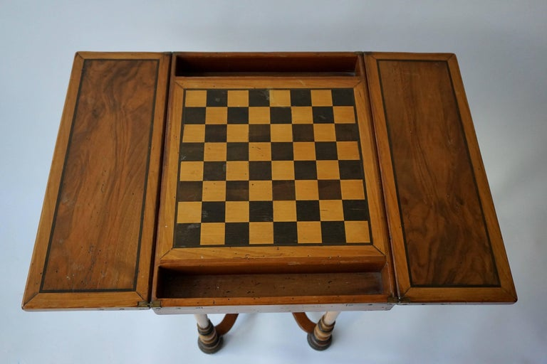 Antique Chess Board Games Table, circa 1880 For Sale at 1stdibs