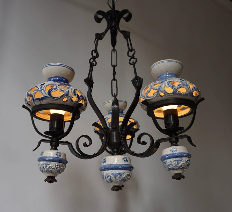 Original Delft's Blue Chandelier In Good Condition For Sale In Antwerp, BE