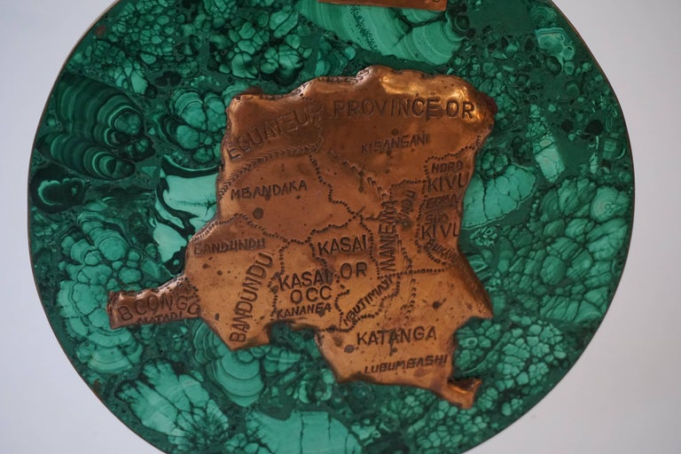Malachite Sculpture with the Map of Congo In Excellent Condition For Sale In Antwerp, BE