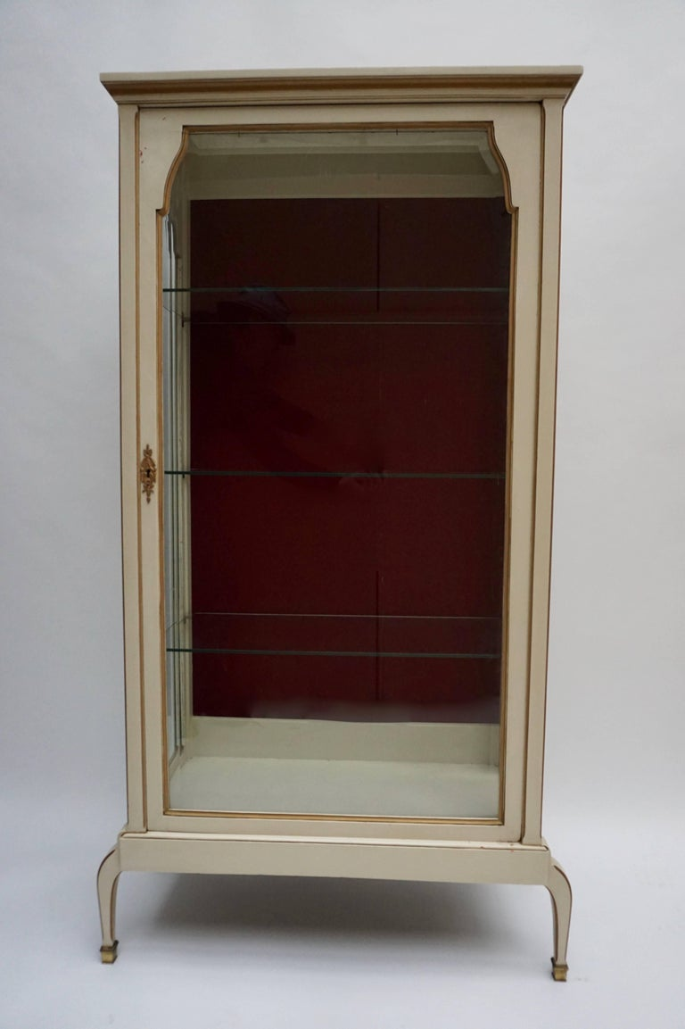 French A Cream and Gold Painted Wood and Glass Showcase Vitrine For Sale
