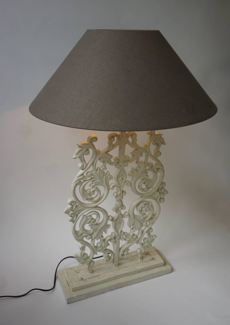 Two Cast Iron Painted Table Lamps In Good Condition For Sale In Antwerp, BE