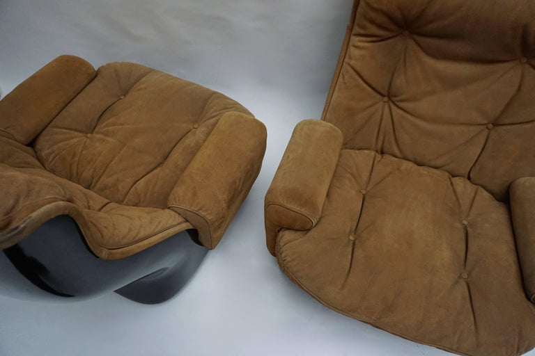 Two Lounge Chairs by Airborne International, circa 1970s For Sale 2