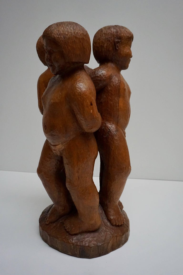 Sculpture in Wood of Three Young Nudes For Sale 2