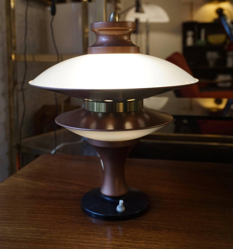 20th Century Table Lamp in Glass and Brass For Sale
