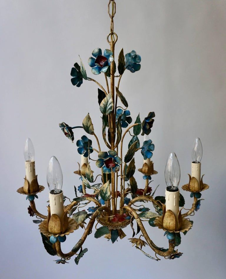 Italian Metal Flower Chandelier In Good Condition For Sale In Antwerp, BE