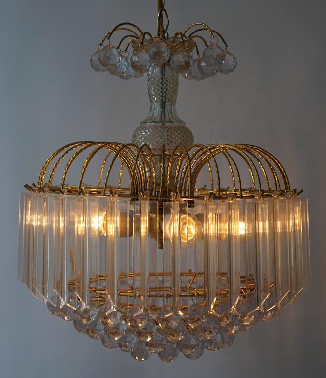 20th Century Two Elegant Italian Chandeliers For Sale