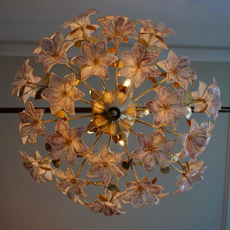 Italian Murano Flower Chandelier with Gold Colored Brass Leaves For Sale 3