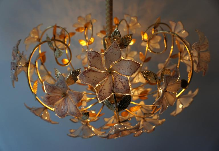 Italian Murano Flower Chandelier with Gold Colored Brass Leaves For Sale 2