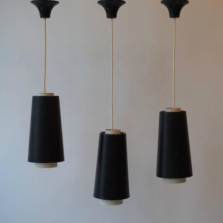 Set of Three Pendant Lights In Good Condition For Sale In Antwerp, BE