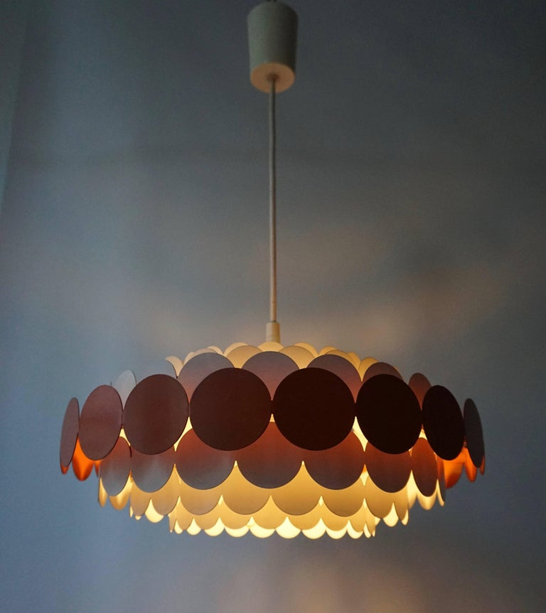 20th Century Doria Pendant Light For Sale
