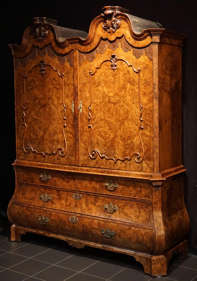 18th Century Fine Dutch Baroque Double Domed Burled Walnut Cabinet For Sale