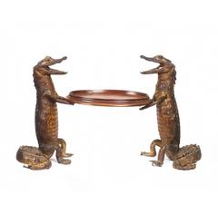 Pair of Taxidermic Cayman Waiters Holding Oval Tray, circa 1890