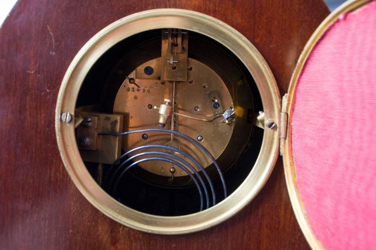 Early 20th Century French Marquetry Mahogany Mantle Clock For Sale 6