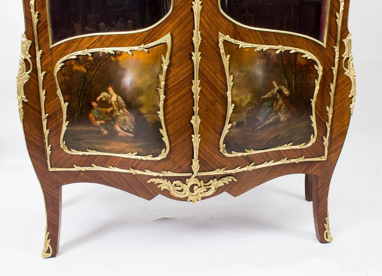 Louis XV 19th Century French Kingwood Vernis Martin Display Cabinet For Sale