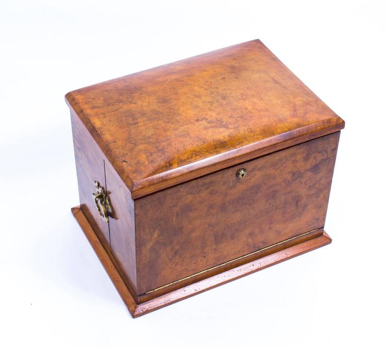 Antique victorian burr walnut writing stationery box