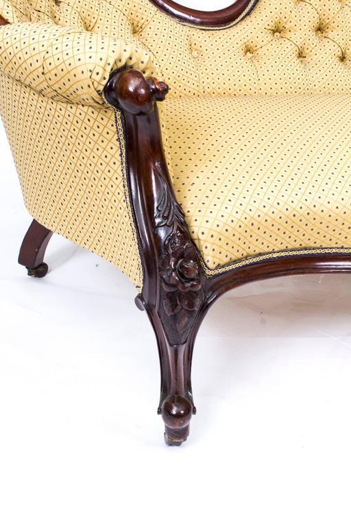 Antique victorian walnut sofa chaise longue settee circa for Antique victorian chaise longue