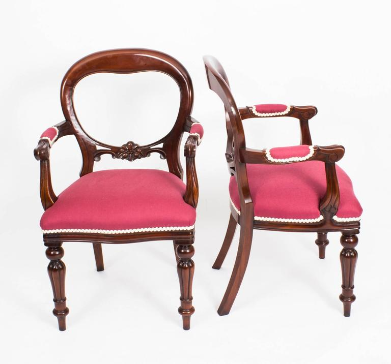 This Is A Beautiful Set Of 12 Vintage Victorian Style Mahogany Balloon Back  Dining Chairs,