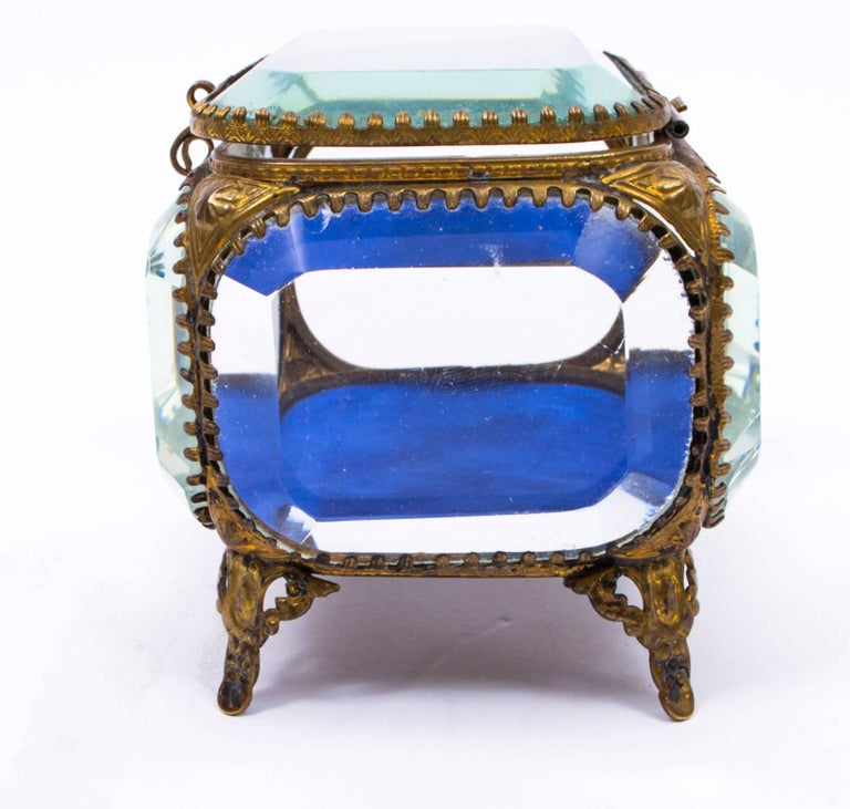 19th Century French Ormolu and Glass Table Wedding Casket For Sale 3