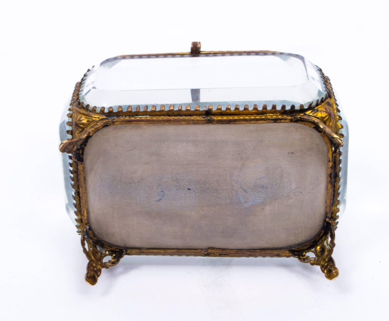 19th Century French Ormolu and Glass Table Wedding Casket For Sale 6