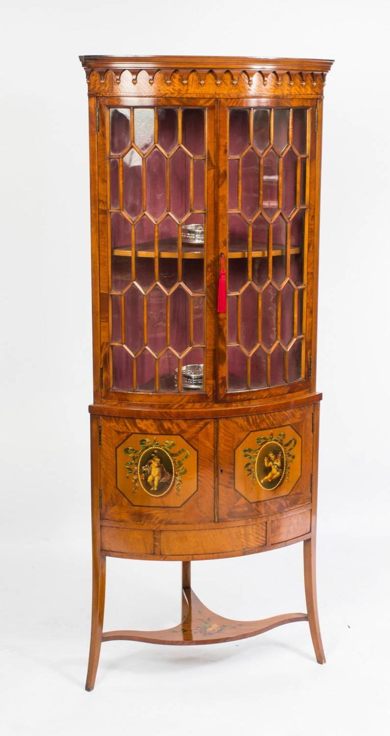 This Is A Fabulous Antique English Edwardian Satinwood Bow Fronted Corner Display Cabinet With Hand