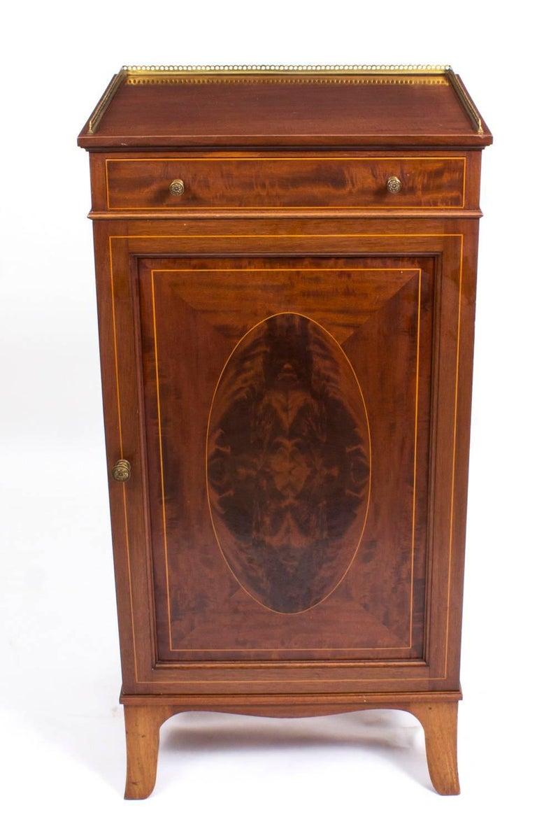 Antique Edwardian Mahogany and Inlaid Music Cabinet, circa 1900 2 - Antique Edwardian Mahogany And Inlaid Music Cabinet, Circa 1900 At