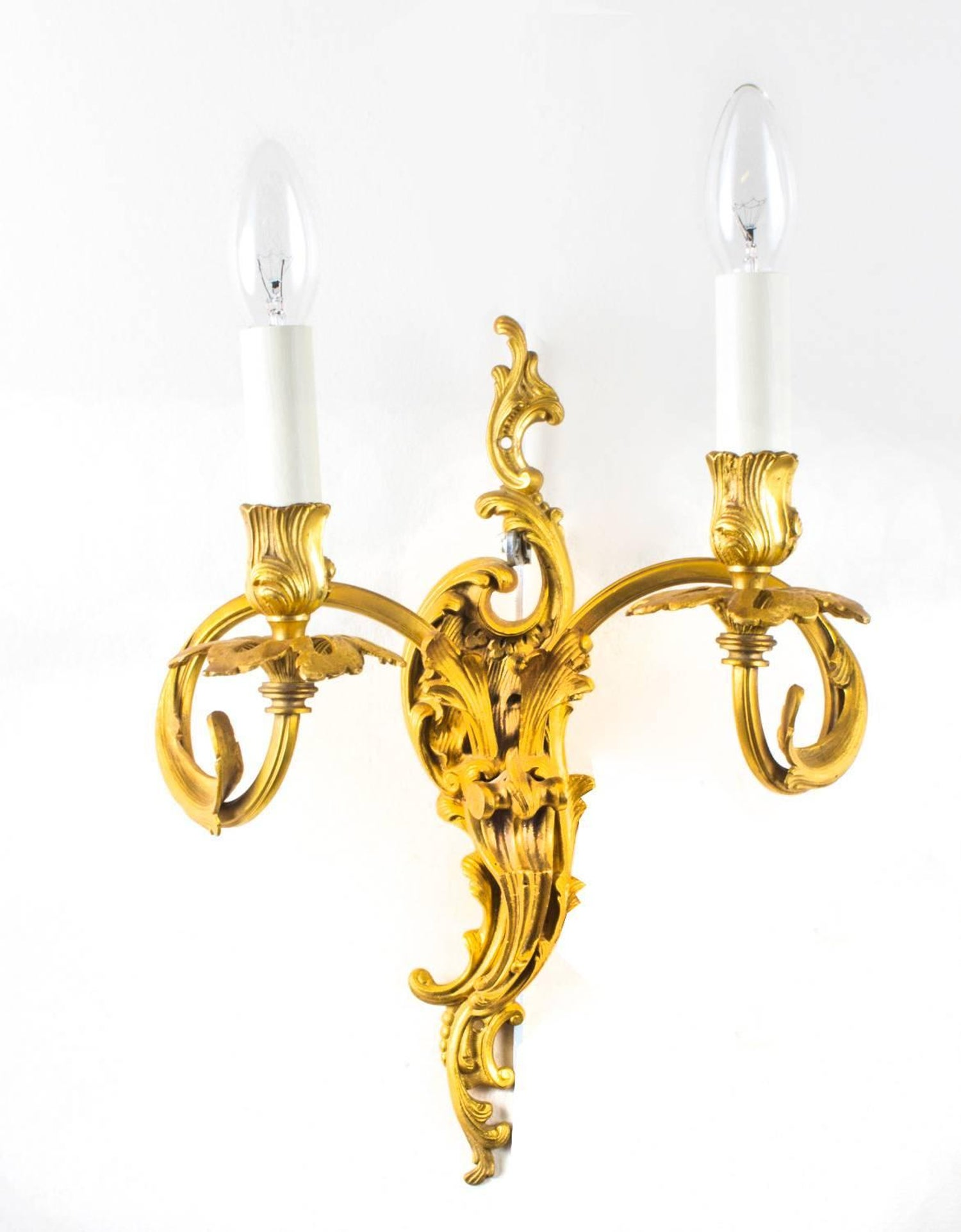 Early 20th century set of four gilded bronze rococo ormolu wall early 20th century set of four gilded bronze rococo ormolu wall lights at 1stdibs aloadofball Gallery