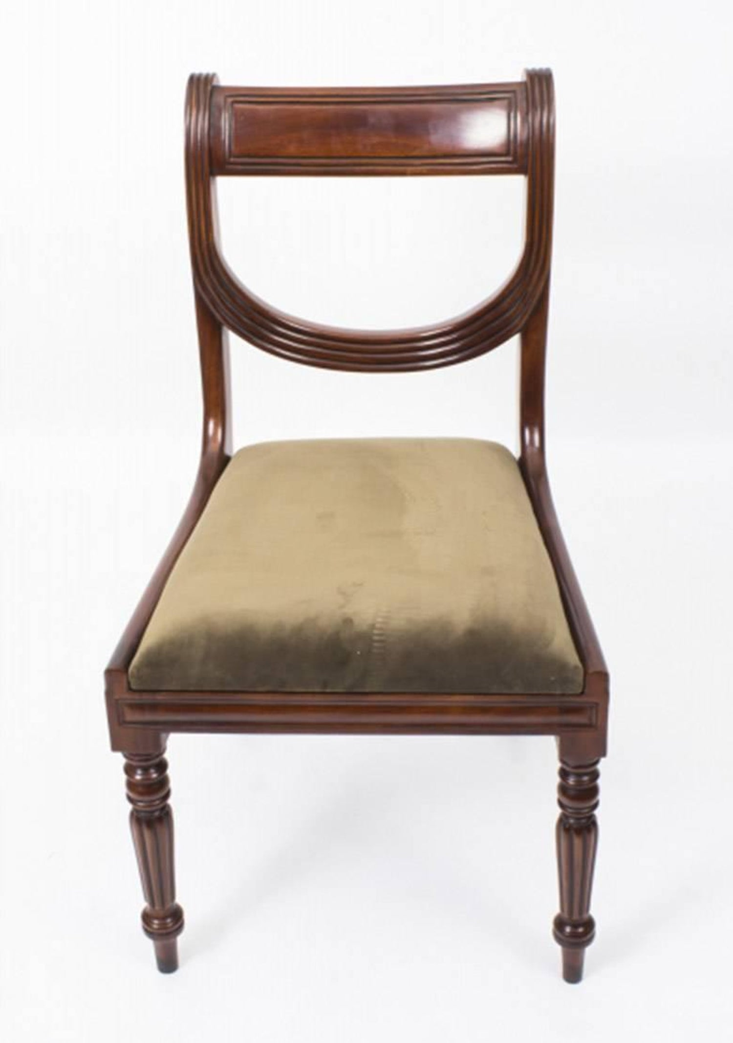 Antique Victorian Mahogany Twin Base Dining Table 19th Century and 14 Chairs  at 1stdibs - Antique Victorian Mahogany Twin Base Dining Table 19th Century And