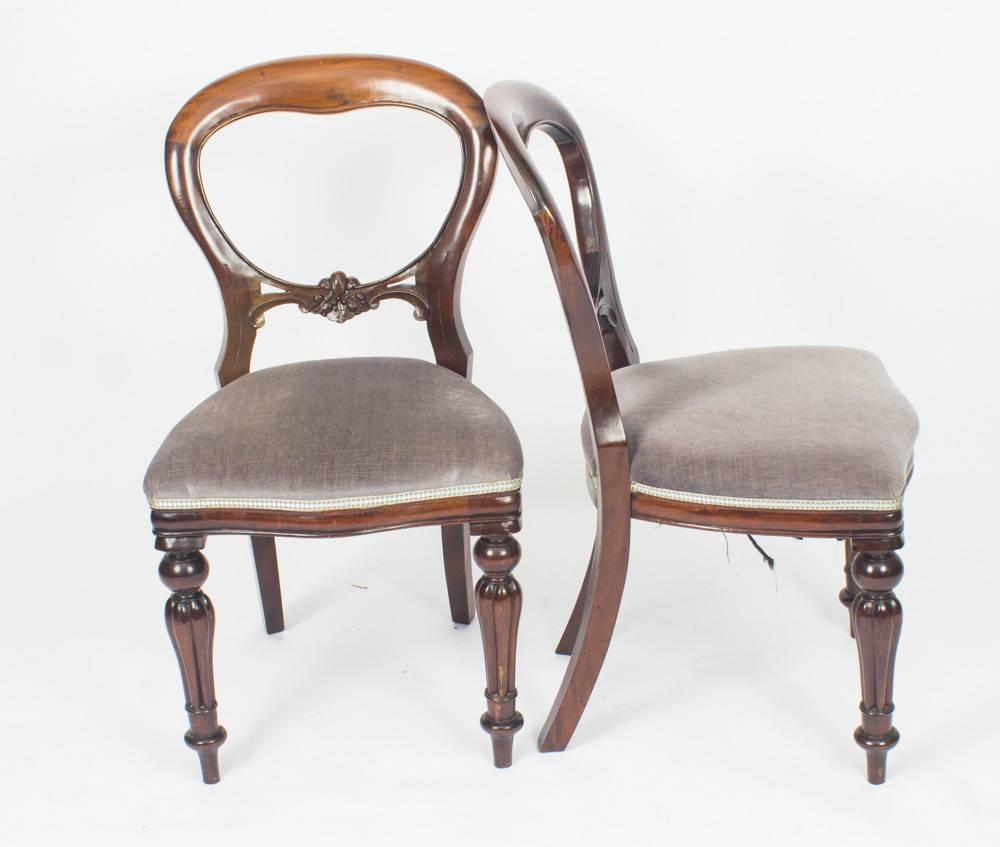 Vintage Set Of Ten Victorian Style Balloon Back Dining Chairs For Sale 2