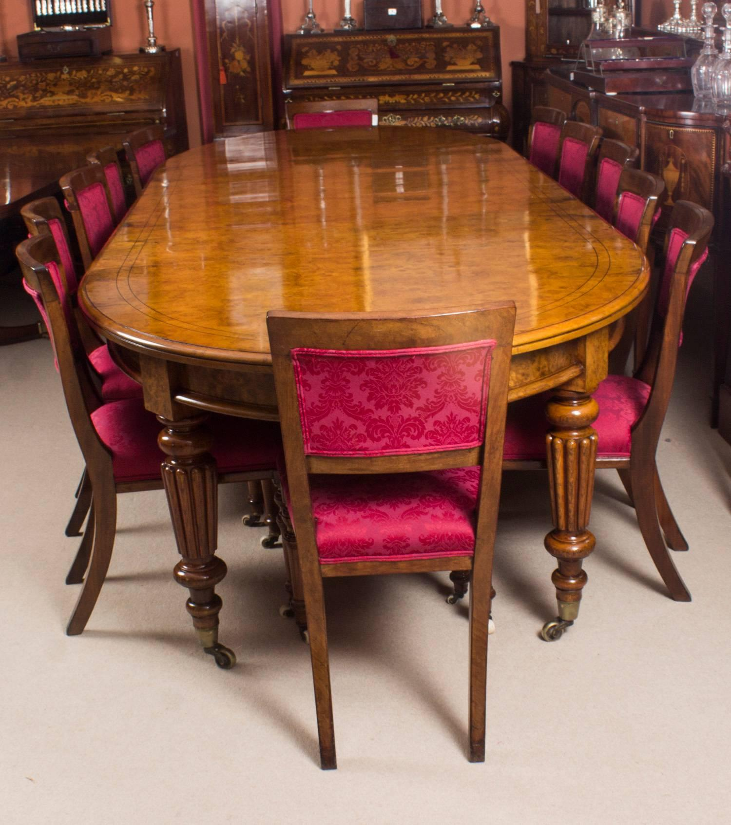 There Is No Mistaking The Style And Sophisticated Design Of This Exquisite Dining  Set Comprising A
