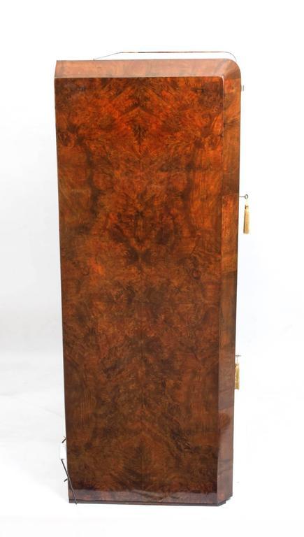1930s Art Deco Burr Walnut Cocktail Cabinet For Sale 3