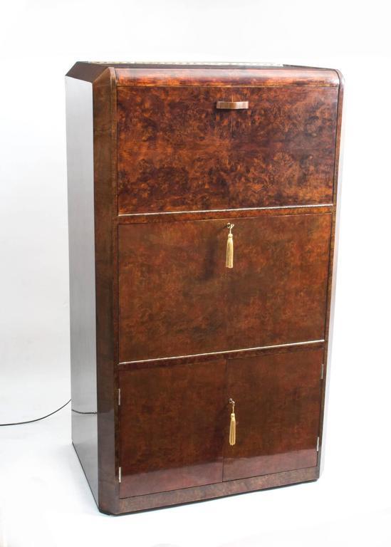 1930s Art Deco Burr Walnut Cocktail Cabinet For Sale 5