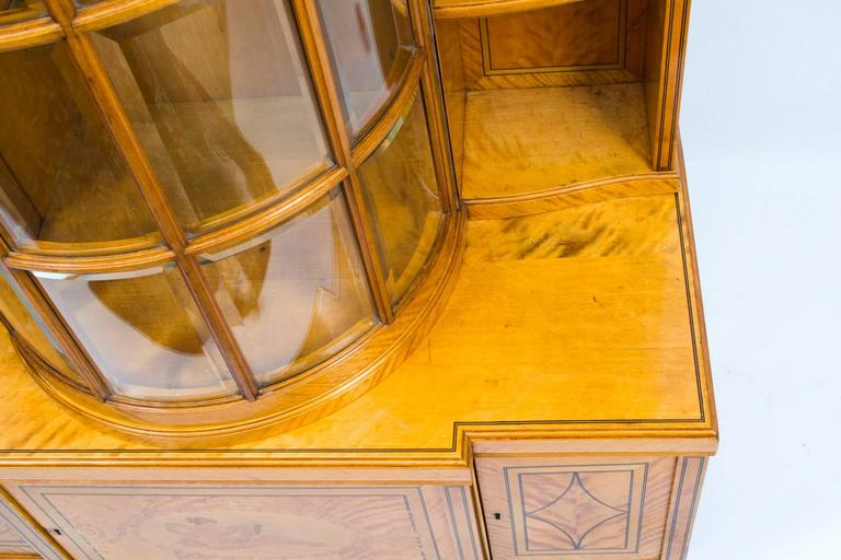 19th Century Late Victorian Satinwood Display Cabinet For Sale 1