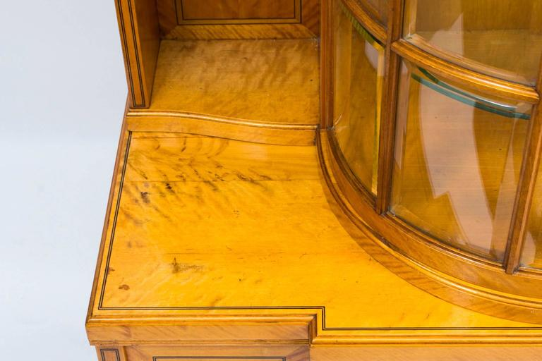 19th Century Late Victorian Satinwood Display Cabinet For Sale 2