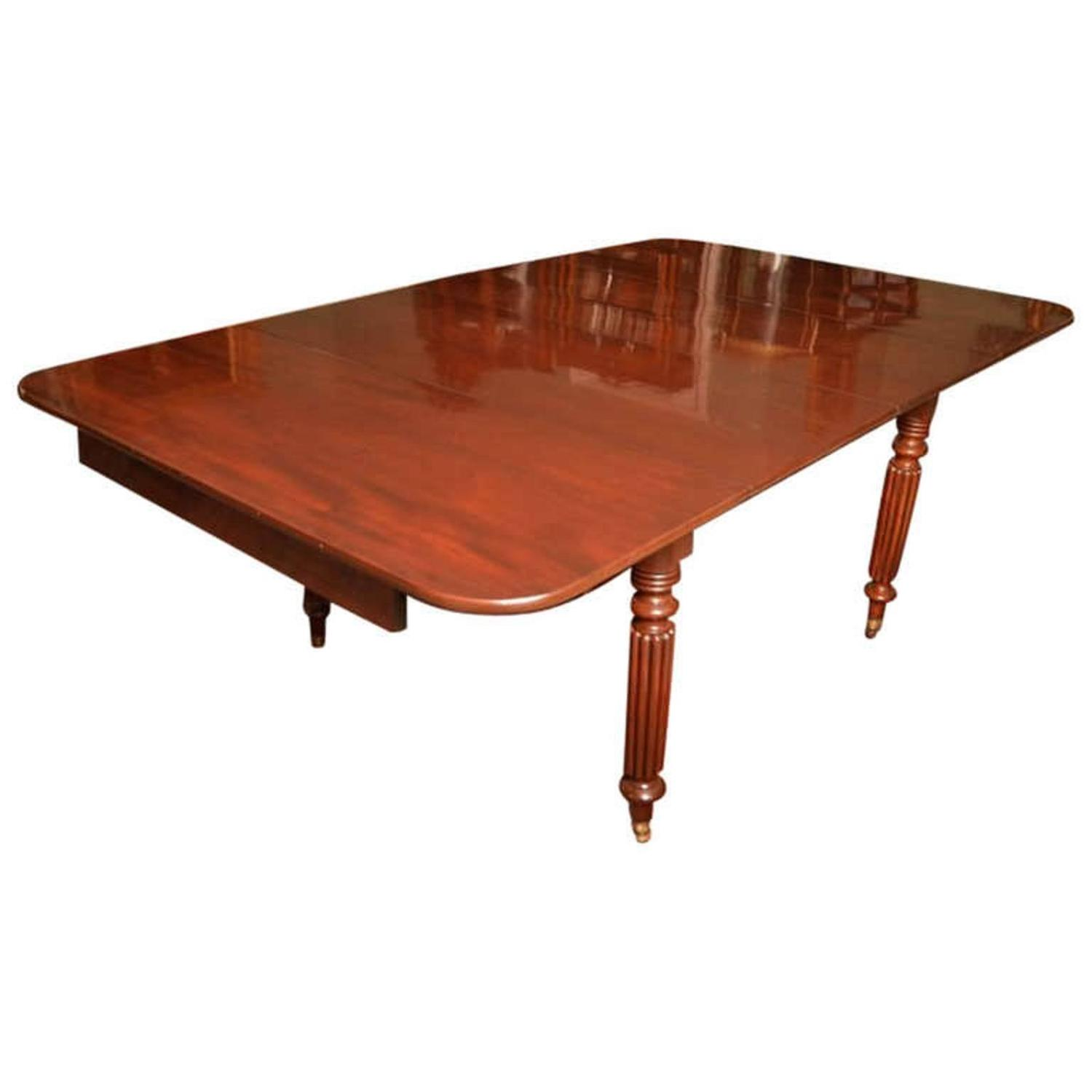 Antique regency mahogany extending dining table circa for Mahogany dining room table