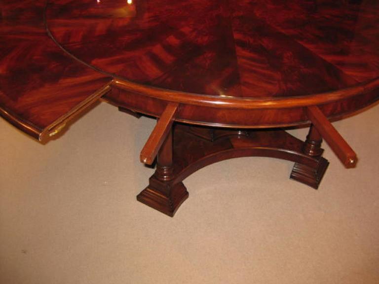 Mahogany Jupe Dining Table 3