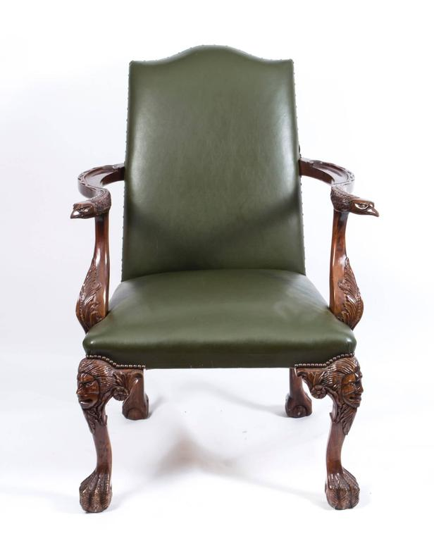 British Early 20th Century Pair of Eagles Leather Library Chairs Armchairs  For Sale - Early 20th Century Pair Of Eagles Leather Library Chairs Armchairs
