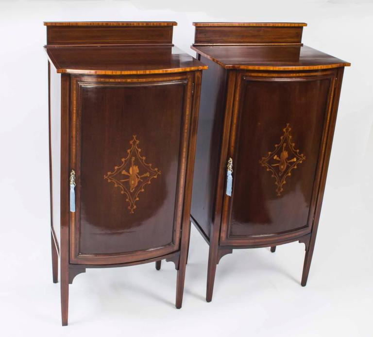 Antique Pair of Edwardian Mahogany Music Cabinets, circa 1900 For Sale 4 - Antique Pair Of Edwardian Mahogany Music Cabinets, Circa 1900 At 1stdibs
