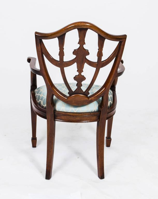 Bon Vintage Set Of 14 Federal Shield Back Dining Chairs For Sale 2