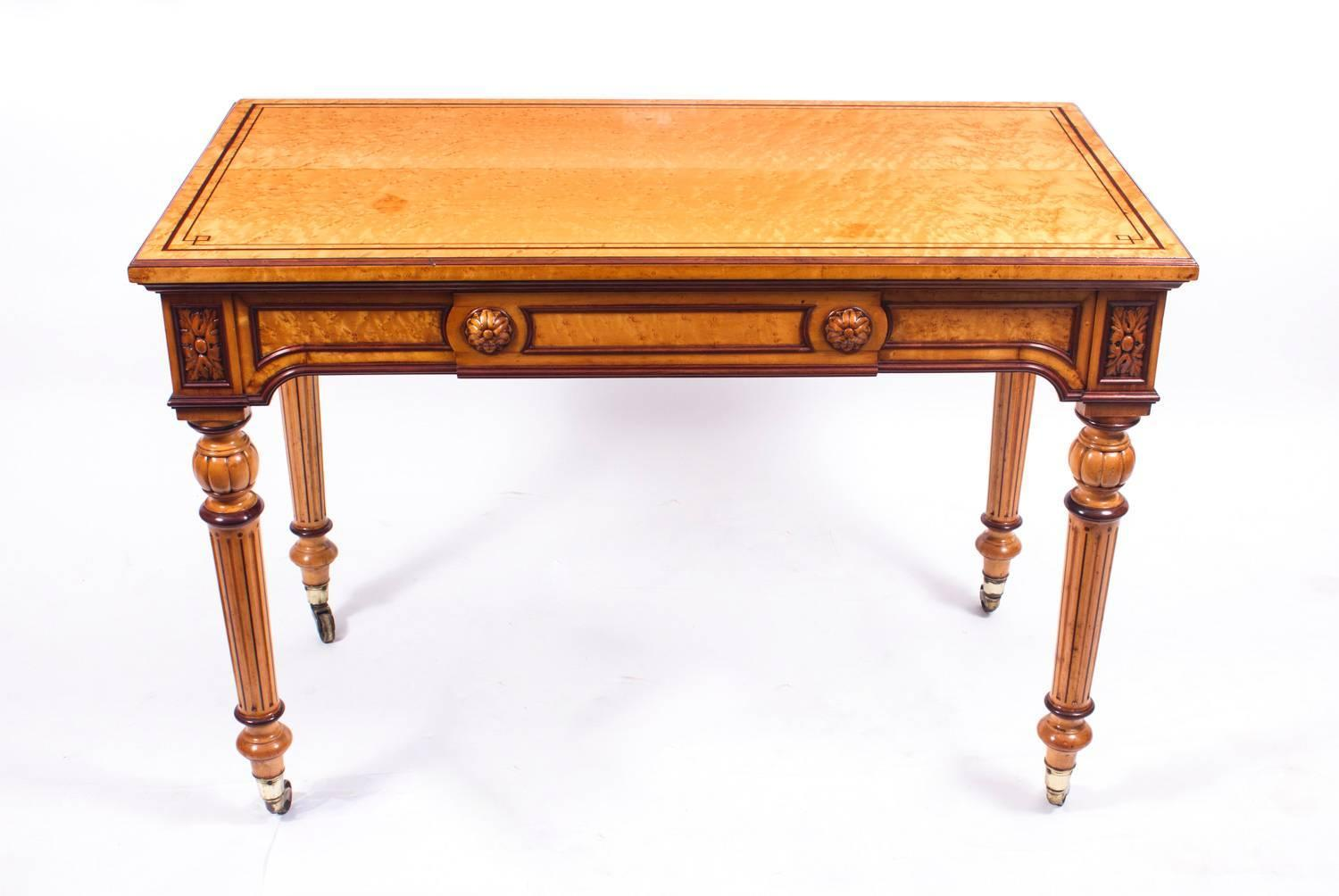 - 19th Century Gillows Style Birdseye Maple Writing Table Desk At 1stdibs