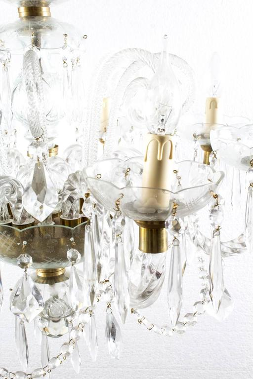 Late 20th Century Vintage Venetian Eight-Light Crystal Chandelier For Sale