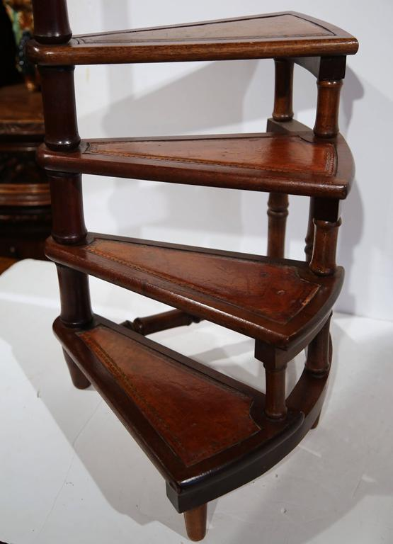 Delicieux Vintage English Library Step Ladder With Leather Stairs