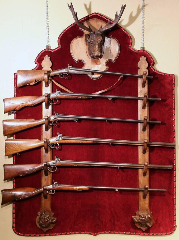 Large 19th Century Black Forest Six Gun Wall Mounted