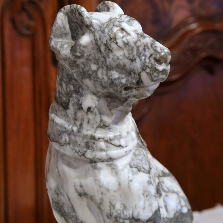 19th Century French Gray and White Carved Marble Dog Sculpture In Excellent Condition For Sale In Dallas, TX