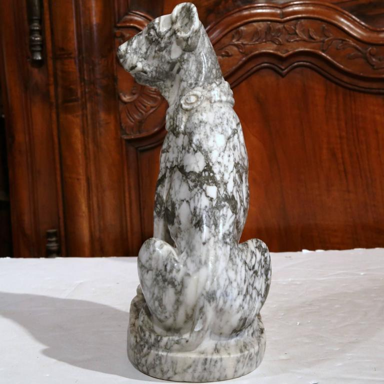 19th Century French Gray and White Carved Marble Dog Sculpture For Sale 2