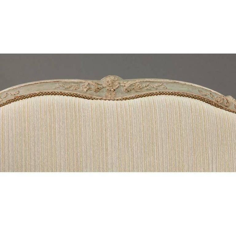 19th Century French Louis XV Carved Canape with Painted Finish and Beige Fabric In Excellent Condition For Sale In Dallas, TX