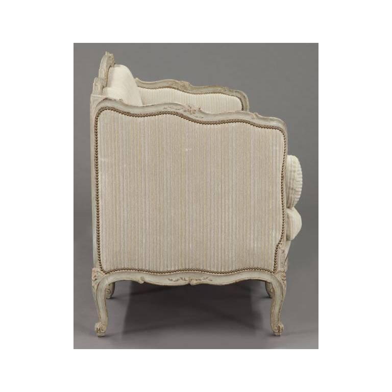 19th Century French Louis XV Carved Canape with Painted Finish and Beige Fabric For Sale 3